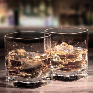 Stiprieji alkoholiniai gėrimai